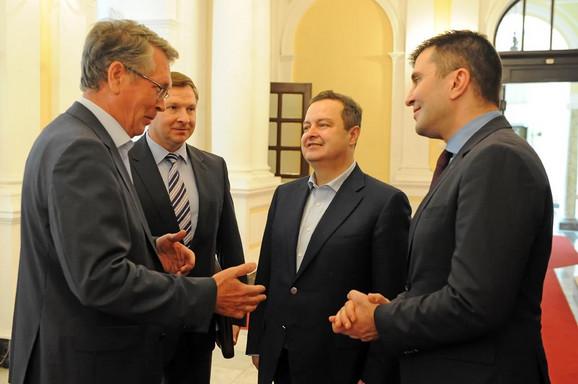Ambasador Aleksandar Čepurin i ministri Ivica  Dačić i Zoran Đorđević