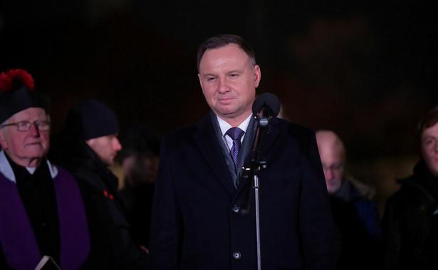 """""""Są obszary, które wymagają w Polsce naprawy - naprawiony musi zostać wymiar sprawiedliwości. Nie może być tak, że ludzie mówią, że sądy są niesprawiedliwe, że sądy źle działają i że sprawiedliwości nie znajdziesz w sądzie"""" - zaznaczył Duda."""