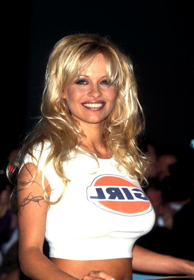 Pamela Anderson početkom devedesetih