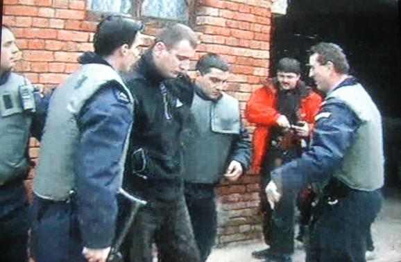 """Hapšenje Mlađana Mićića tokom operacije """"Sablja"""""""