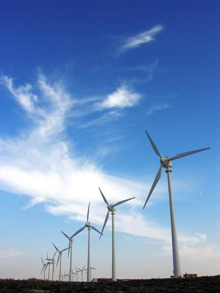 Hiszpański inwestycje w Polsce: część deweloperów się wycofała, reszta wchodzi w energetykę odnawialną