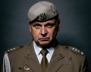 Były szef GROM: Z Macierewiczem mam przykre doświadczenia jeszcze z nocy teczek [CAŁY WYWIAD]
