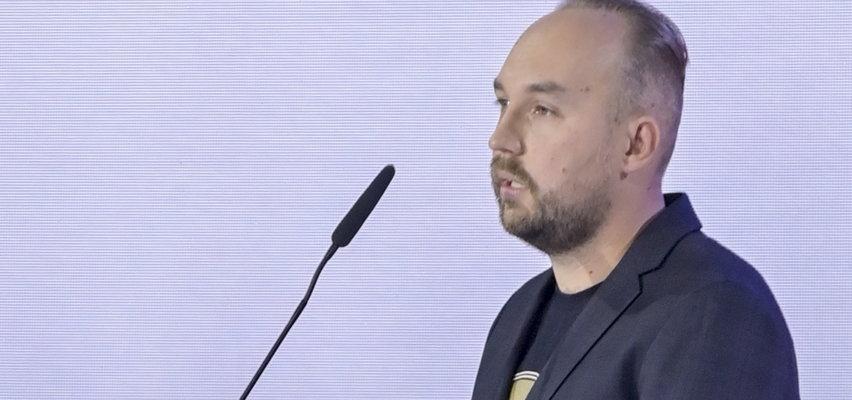 Nike 2021. Nagrodę otrzymał Zbigniew Rokita. Publiczność miała ze sobą kartki. Co na nich napisali?