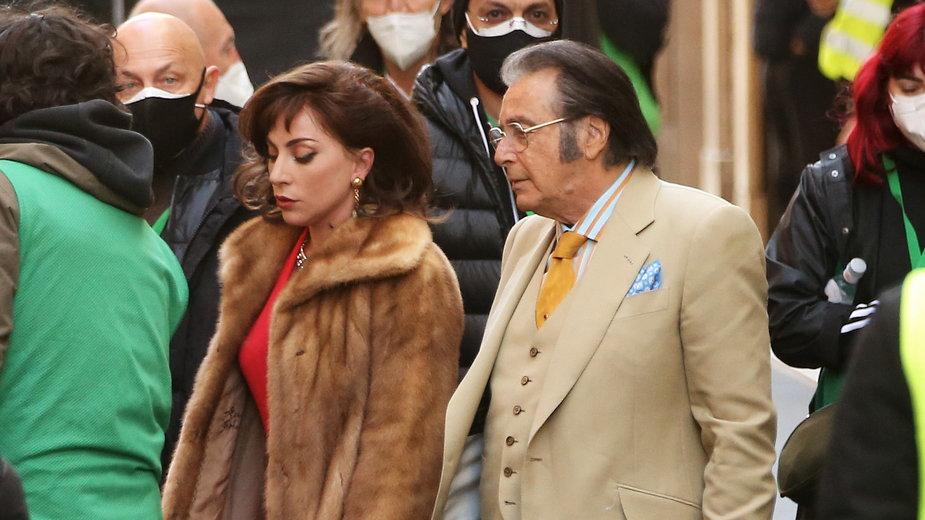"Lady Gaga i Al Pacino na planie filmu ""The House of Gucci"""
