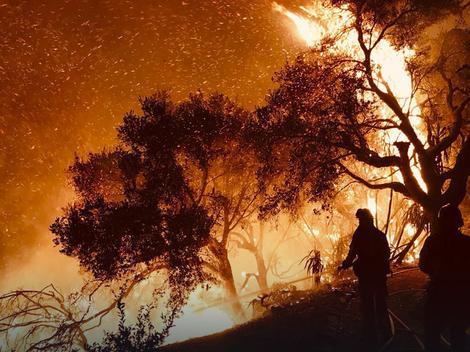 Požar u Kaliforniji i dalje bukti