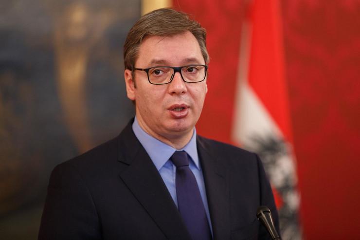 Aleksandar Vučić, Aleksander van der Belen, Austrija, Beč