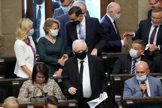 Zabawy z rzeczywistością. Czy jest ktoś, kto uratuje Kaczyńskiego przed nim samym? [FELIETON ZAREMBY]