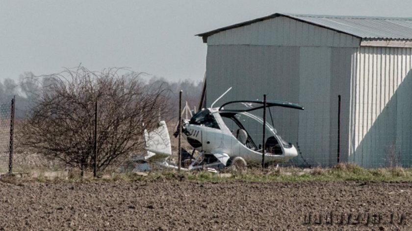 Awaryjne lądowanie motolotni pod Warszawą