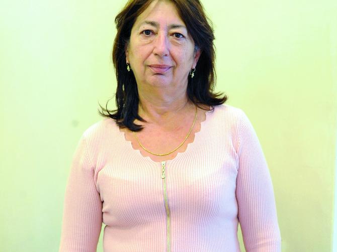 Biljana ima višak oko stomaka, kao i svaka druga žena u Srbiji: Ovako smo joj kamuflirali NEDOSTATAK i sada izgleda LUDAČKI DOBRO