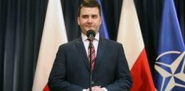 Wzburzony Misiewicz pogroził dziennikarzom. Mówi o zemście