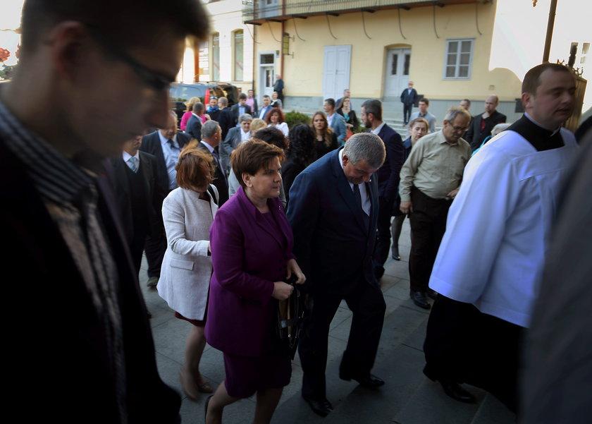 Premier Beata Szydło na święceniach syna