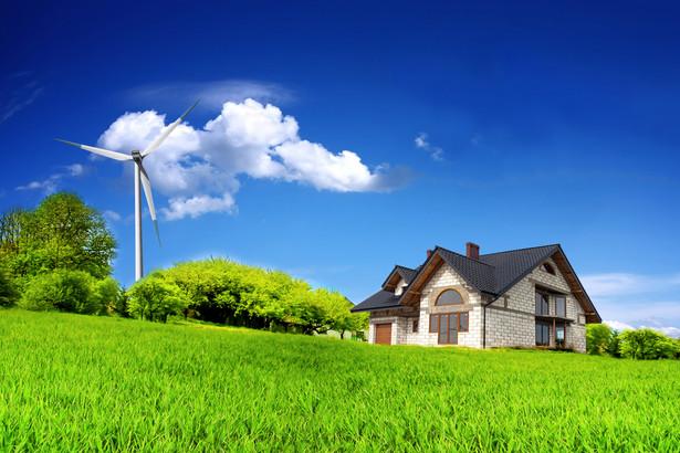 Wystarczy rzut oka na statystyki, by zrozumieć, jak wielki krok naprzód wykonała Polska pod względem ochrony środowiska. Przemysł jest czystszy i bardziej energooszczędny niż kiedyś.