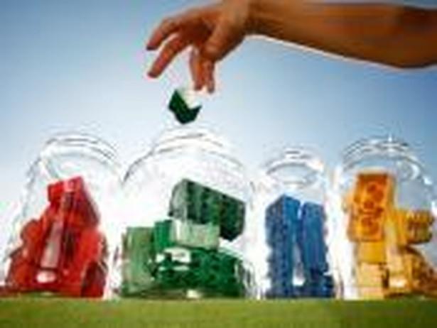 Od początku tego roku zmieniły się przepisy związane z udzielaniem przez gminy ulg w opłatach za odbiór odpadów.