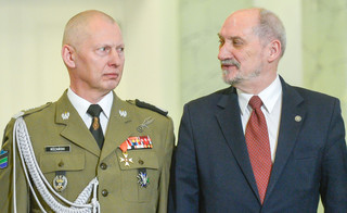 Różański: Przepraszam za tych, którzy w wojsku nie potrafili zachować standardów