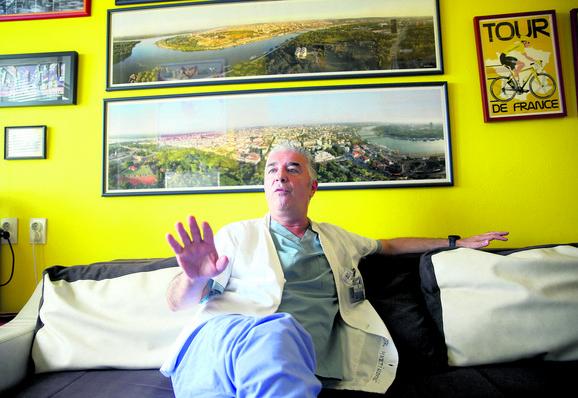 Dr Aleksandar Martinović, šef dnevne hirurške bolnice na Institutu za onkologiju