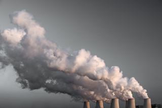 Green washing czy faktyczne działanie? Paliwowi giganci deklarują zmniejszenie emisji
