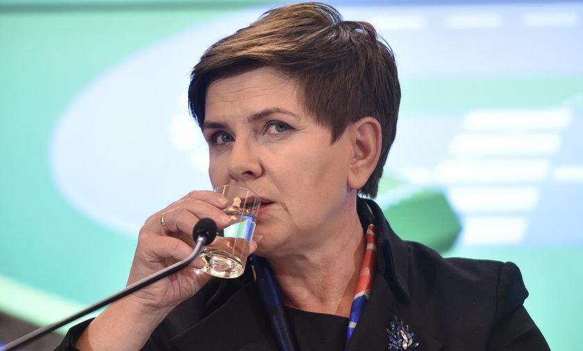 Biskupi karcą rząd Beaty Szydło!