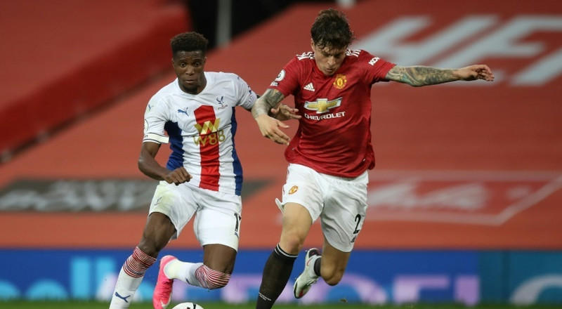Man Utd stunned by Palace, Arsenal grab late winner