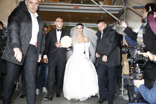 Bogdana i Veljko Ražnatović - crkveno venčanje