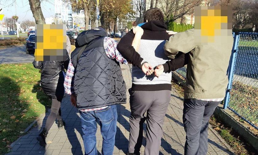 Akcja w Rzeszowie. Policjanci zatrzymali mężczyznę, który zamierzał umówić się na seks z dzieckiem