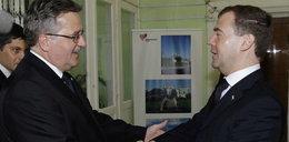 Komorowski i Miedwiediew pod brzozą w Smoleńsku