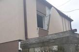 NIS01 najostecenija kuca na klizistu u MAlosistu foto opstina Doljevac
