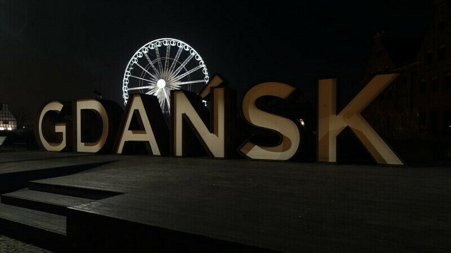 """Wczoraj zgasł m.in. napis """"Gdańsk"""" na Ołowiance"""