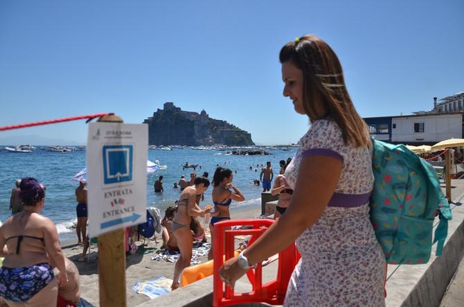 Opuštenije stanja na plaži u Kampaniji