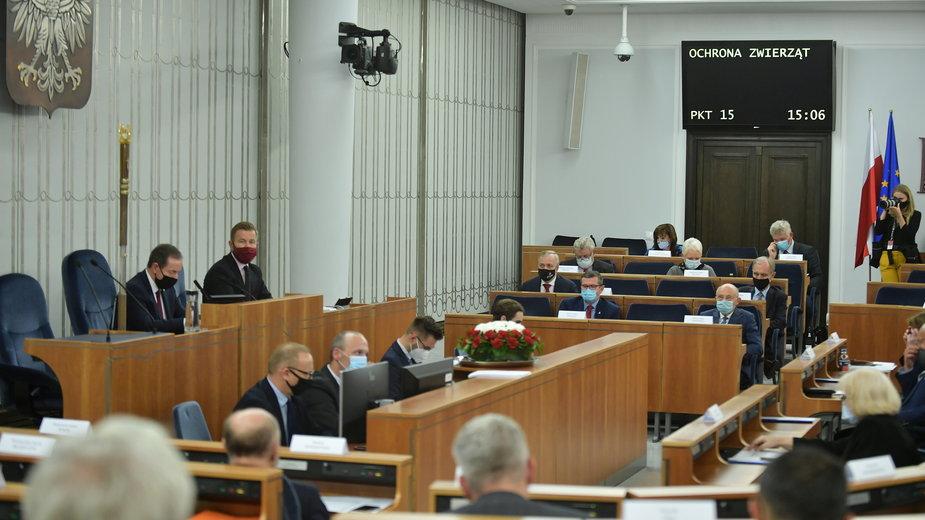 Sala plenarna Senatu w trakcie dzisiejszych głosowań