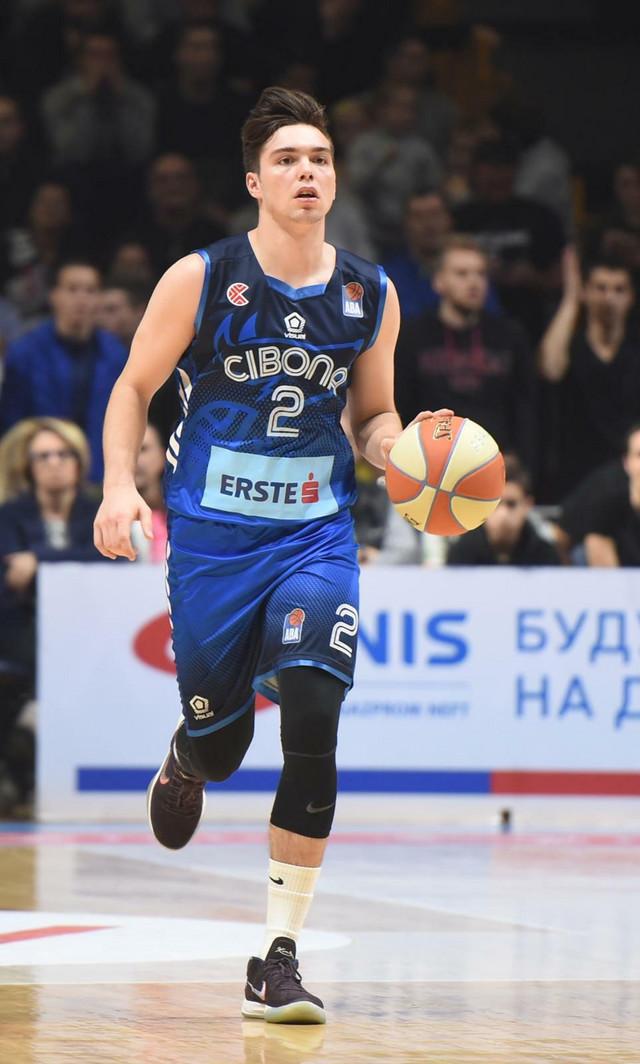 Karlo Uljarević, KK Cibona