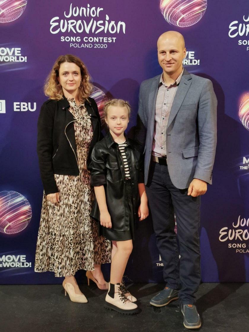 Ala Tracz z rodzicami