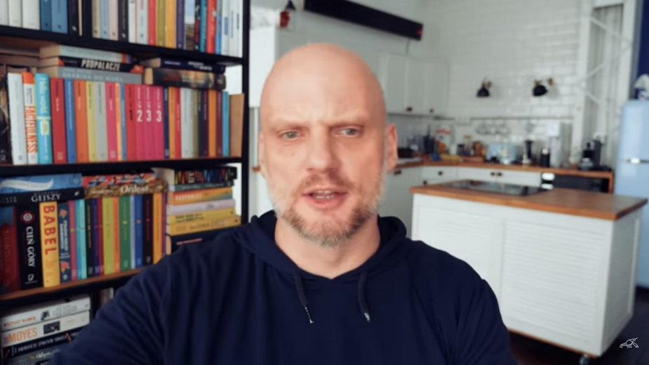 O. Adam Szustak