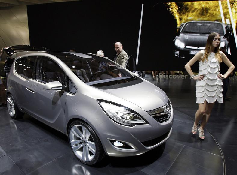 Nowy Opel Meriva dostępny jest w trzech wersjach wyposażenia oraz z różnorodnymi silnikami diesel i benzynowymi o mocy od 75 do 140 KM
