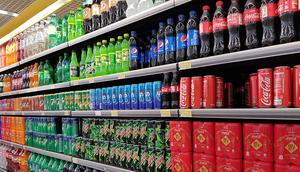 Nigerians to pay more for drinks in 2022 as FG plans to increase tax on carbonated drinks. (Eatthisnotthat)