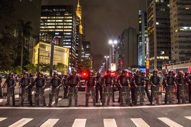 Ledwie brazylijska gospodarka po impeachmencie Dilmy Rousseff zaczęła przełamywać najgłębszy kryzys w historii, a już na horyzoncie widać następne problemy.