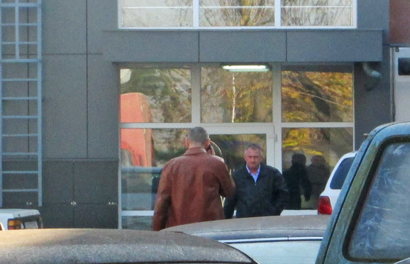 Dr Bojanić napušta zgradu