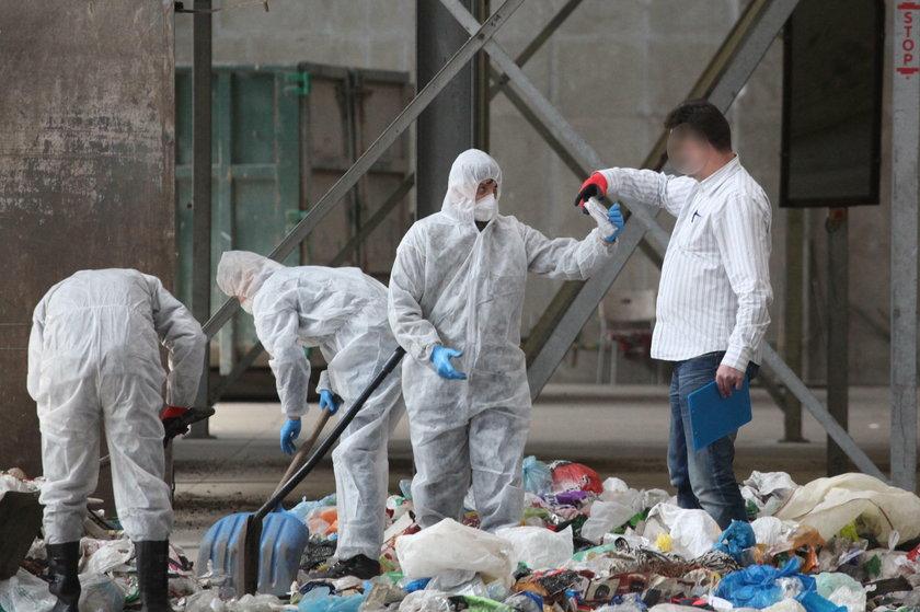 27-latka wyrzuciła zwłoki noworodka do śmieci