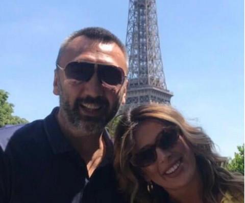 Dok se drugi brčkaju na moru, oni uživaju u Parizu: Evo kako se provode voditeljka i kreator!