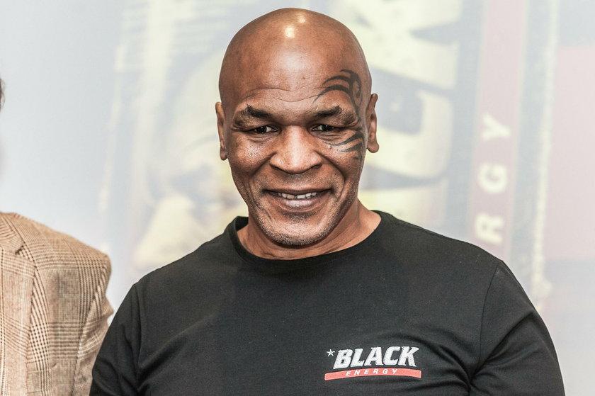 Wójt Żelazkowa znowu szokuje. Zrobił się na Tysona!