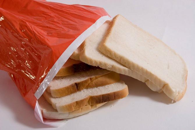 Hlebovi produženog roka trajanja se najčešće kupuju