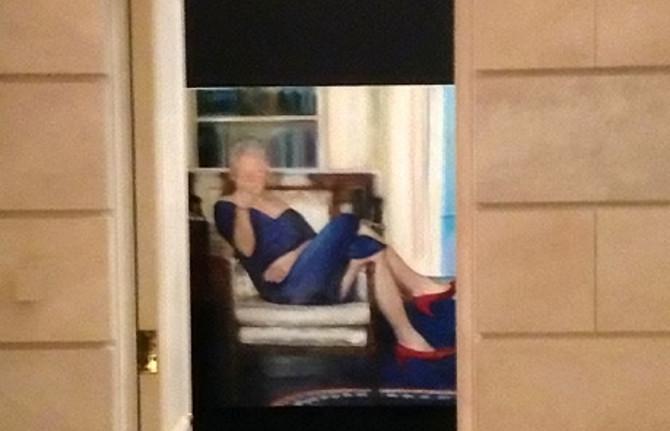 Klinton na spornoj umentičkoj slici