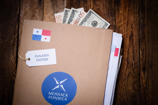 Dominikana, Bahrajn, Panama, Hongkong to tylko niektóre kraje, przez które co roku transferowane są miliardy dolarów.