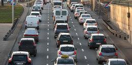 Kierowcy zapłacą za spaliny! Nierealne oczekiwania Brukseli