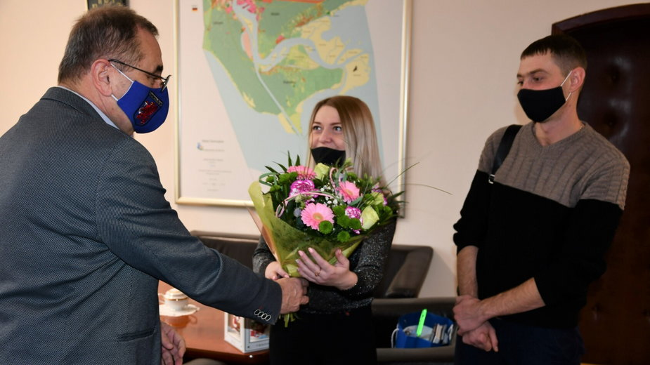 Prezydent Świnoujścia wita Marinę i Vyacheslava Sapogovów