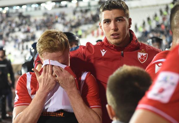 Zvezda je u derbiju poražena rezultatom 2:0, a jedan od tragičara meča Radovan Pankov nije mogao da zadrži suze posle loše partije