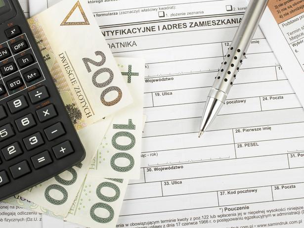 W PIT nie odlicza się składek na ubezpieczenia społeczne i zdrowotne, których podstawę wymiaru stanowi przychód (dochód) wolny od podatku