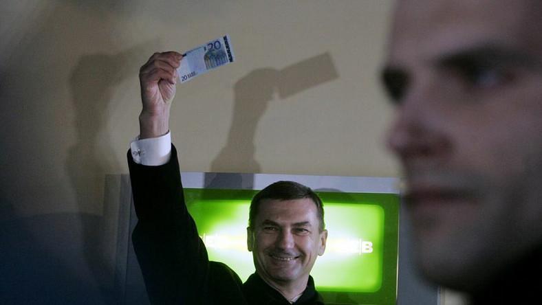 17. kraj przyjął euro. Będzie jednym z najbiedniejszych
