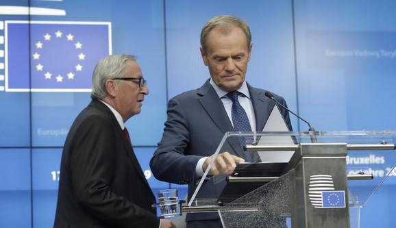 Žan Klod Junker i Donald Tusk 20191017 epa olivier hoslet brussels Di017681310