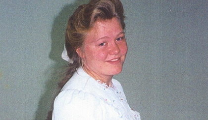 Miała 14 lat, gdy kościół zmusił ją do ślubu z kuzynem. Opowiedziała o swoim koszmarze