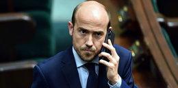 Lider PO o krytyce Tuska: Niech sięgnie po telefon, a nie komunikator